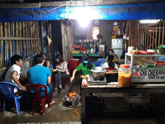 Quán khô cá đỏ nướng - điểm tụ tập quen thuộc của người hà tiên mỗi tối