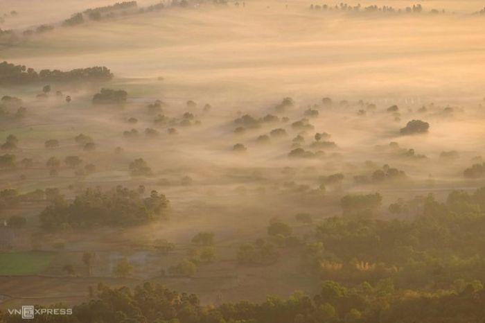 Biển mây quanh núi Cô Tô - kysudulich.com