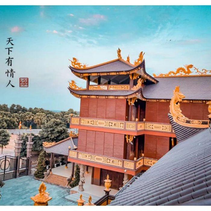 Chùa Kim Tiên ngôi chùa đẹp như phim cổ trang ở An Giang - kysudulich.com
