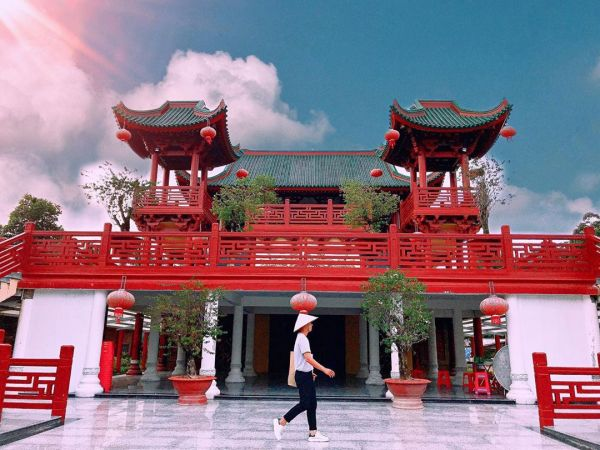 Hướng dẫn di chuyển đến Chùa Lầu ở An Giang