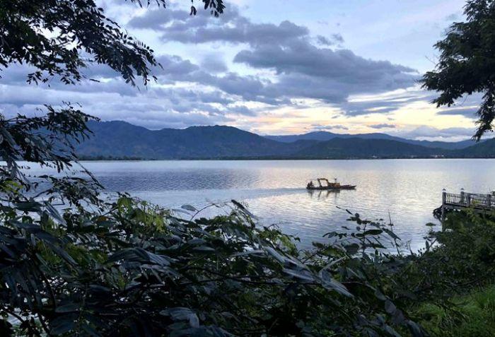 Hồ Lắk bình yên thơ mộng giữa lòng Tây Nguyên - kysudulich.com
