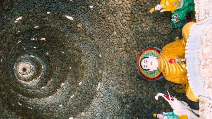 Chùa từ vân, ngôi chùa vỏ ốc ở cam ranh đẹp khác lạ trên báo nước ngoài