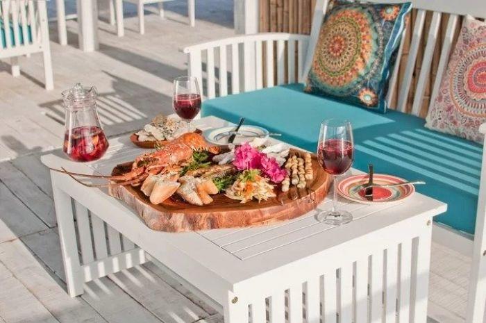 Floating lounge cam ranh, nhà nổi hút khách 'sống ảo' giữa biển cam ranh