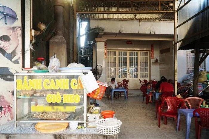 Quán bánh canh tự làm sợi hơn 30 năm bạn nên ghé thưởng thức khi đến du lịch Tri Tôn - kysudulich.com
