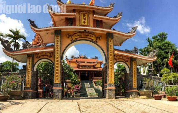 Cùng chiêm ngưỡng ngôi chùa có tượng Phật cao nhất miền Tây