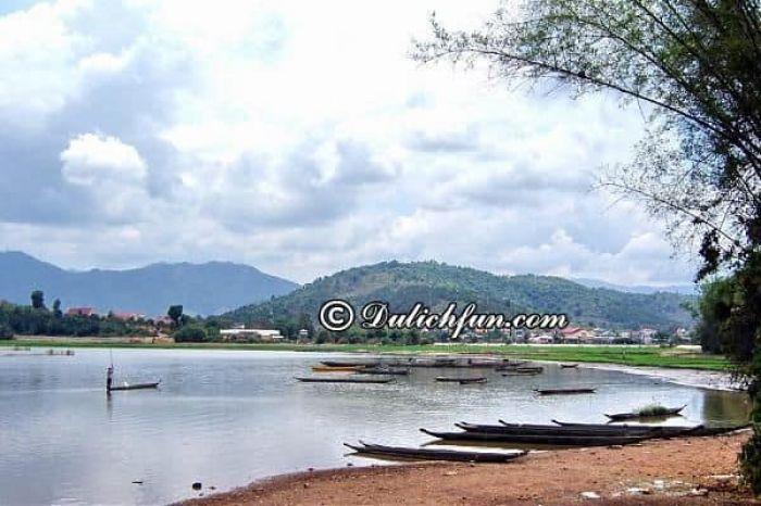 Kinh nghiệm du lịch hồ Lắk tự túc, chi tiết: Hướng dẫn đi tham quan, vui chơi, ăn uống khi phượt hồ Lăk