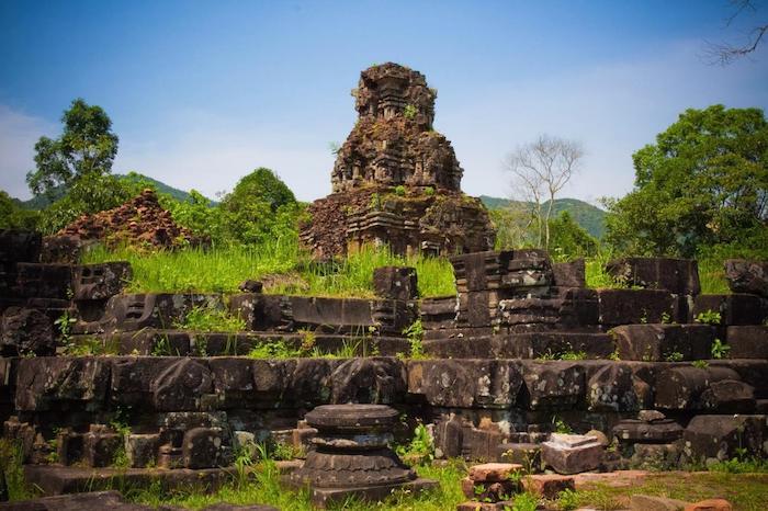 Kinh nghiệm du lịch thánh địa Mỹ Sơn: Xe bus tới Mỹ Sơn