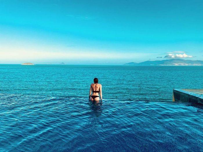 4 hồ bơi vô cực view tầng cao sang chảnh ở Nha Trang - kysudulich.com