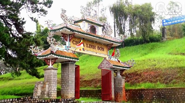 Cùng thăm quan những ngôi chùa cổ kín, nổi tiếng tại Đà Lạt _ Chùa Linh Sơn
