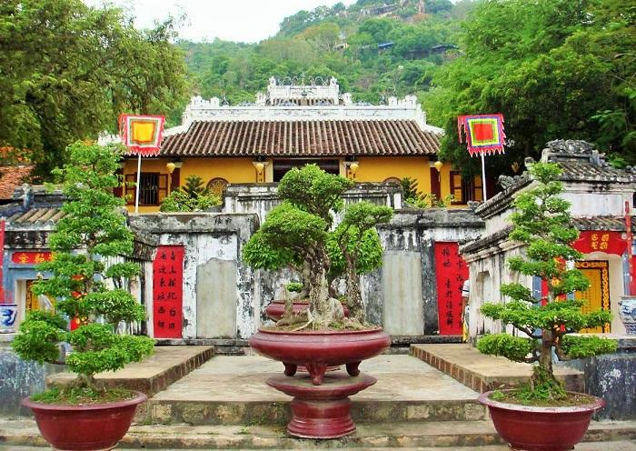 Ký Sự Du Lịch giới thiệu một số kinh nghiệm đi du lịch núi Sập, An Giang