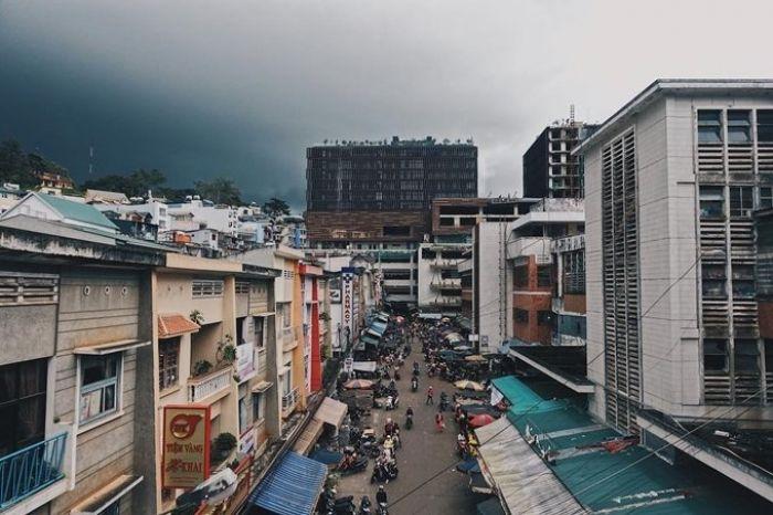 'Góc Hong Kong' bên hông chợ Đà Lạt - kysudulich.com