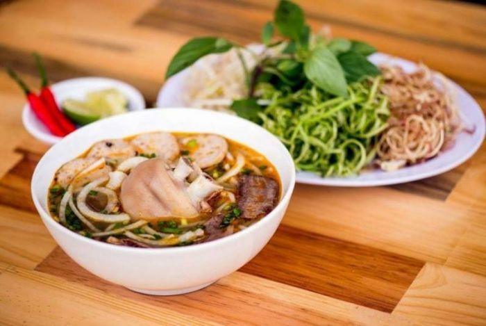 Quán ăn sáng ở Đà Lạt ngon, giá hợp lý và đông khách