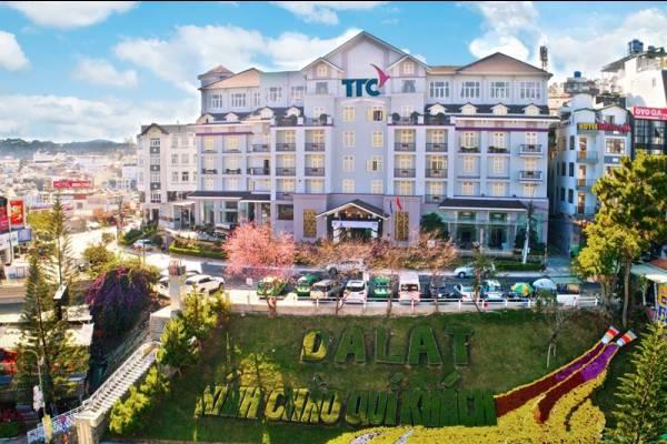 Top 5 khách sạn Đà Lạt sang chảnh gần Hồ Xuân Hương Tết Âm lịch